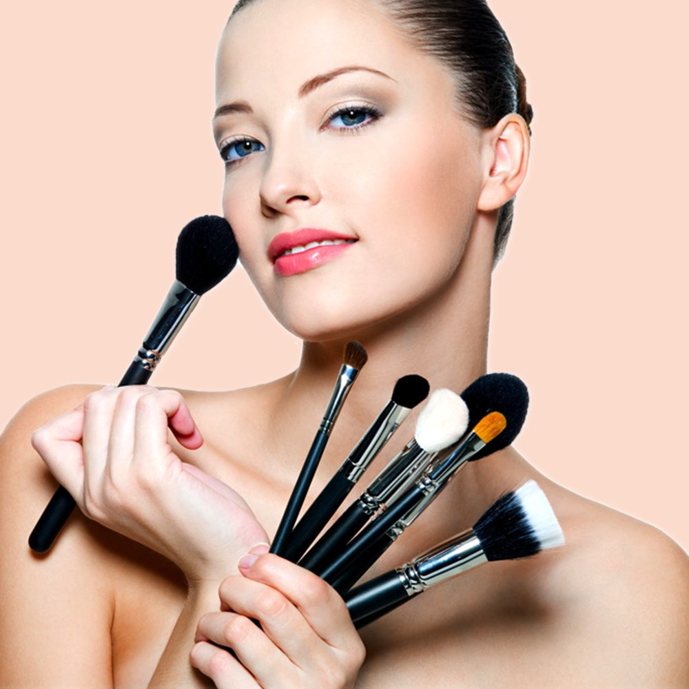 Know-Why-natural-cosmetic-products-are-beneficial-for-your-skin-(feature